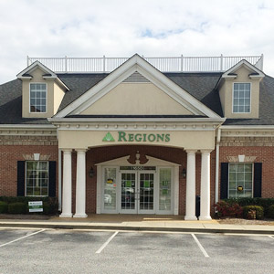 Regions Bank Vinings Smyrna in Smyrna