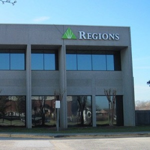 Regions Bank Dalton Main en Dalton
