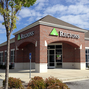 Regions Bank Gainesville Main en Gainesville