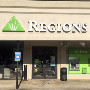Regions Bank Toco Hill Shopping Center in Atlanta