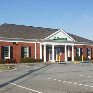 Regions Bank Paulding Commons in Hiram