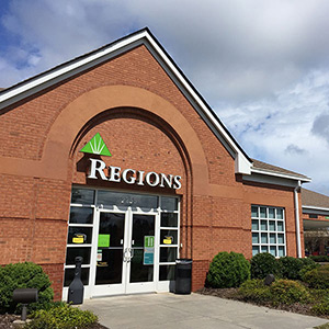 Regions Bank Towne Lake in Woodstock
