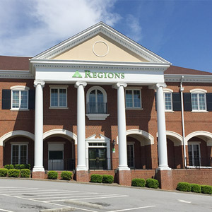 Regions Bank Douglasville Main in Douglasville