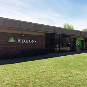 Regions Bank Lithia Springs in Lithia Springs