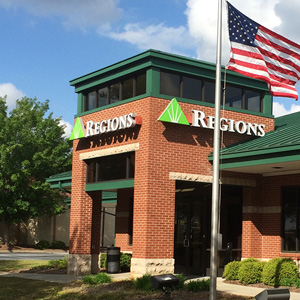 Regions Bank Snellville in Snellville