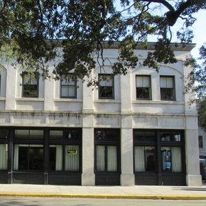 Regions Bank Savannah Main Johnson Square en Savannah