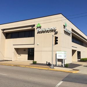 Regions Bank Madison Ave Il in Madison