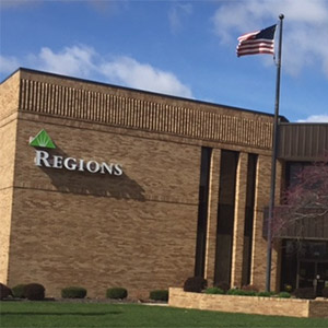 Regions Bank Kickapoo in Lincoln