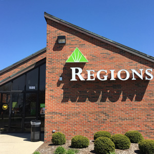 Regions Bank Smith Valley Rd in Greenwood