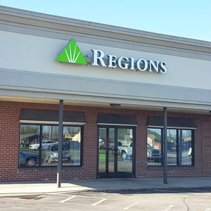 Regions Bank Rockville Rd in Indianapolis