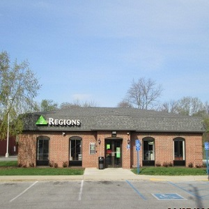 Regions Bank Stop 11 And Madison Ave in Indianapolis