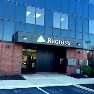 Regions Bank 93Rd And Meridian Indianapolis in Indianapolis
