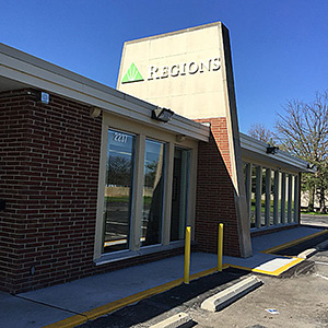 Regions Bank Teal Rd en Lafayette