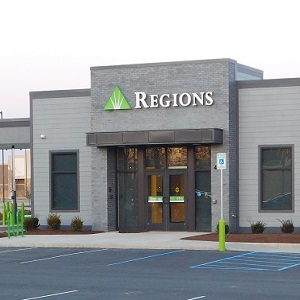 Regions Bank Marion University Marketplace in Marion
