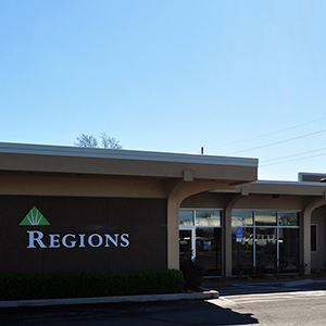 Regions Bank Murray South Manor in Murray