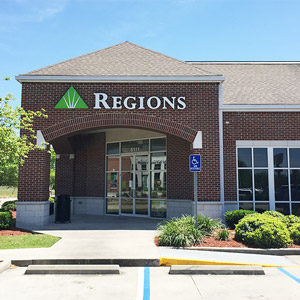 Regions Bank Essen Lane in Baton Rouge