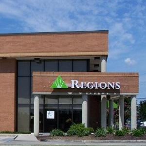 Regions Bank Florida Blvd in Baton Rouge