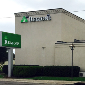 Regions Bank Lutcher Main in Lutcher