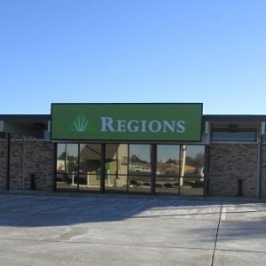 Regions Bank Westgate Alexandria in Alexandria