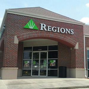 Regions Bank Airline in Baton Rouge