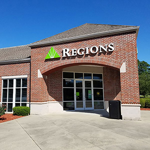 Regions Bank Highland And Perkins in Baton Rouge