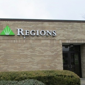 Regions Bank St Amant in Gonzales