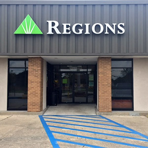 Regions Bank Barataria Blvd in Marrero