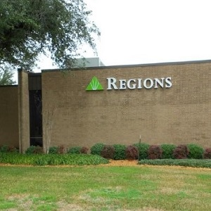 Regions Bank Hearne Ave  in Shreveport