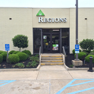 Regions Bank Line Ave  in Shreveport