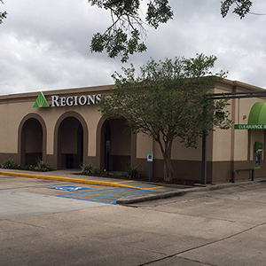 Regions Bank Johnston St in Lafayette