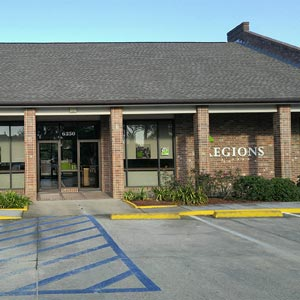 Regions Bank Woodlawn Baton Rouge in Baton Rouge