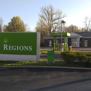 Regions Bank New Halls Ferry in Florissant