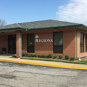 Regions Bank Mackenzie Pointe in Shrewsbury