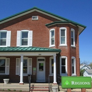 Regions Bank Owensville in Owensville