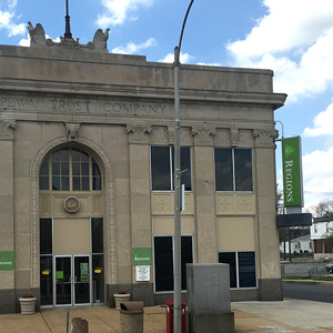 Regions Bank South Broadway in St. Louis