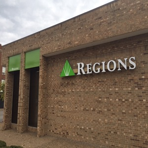 Regions Bank Delmar in University City