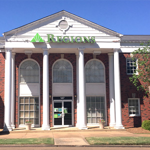 Regions Bank Canton in Canton