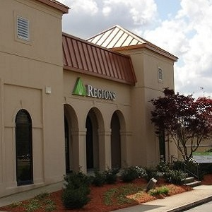 Regions Bank Arbor in Hattiesburg