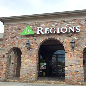 Regions Bank Laurel Parkside Plaza in Laurel