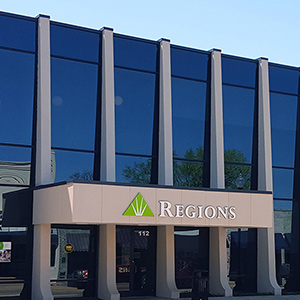 Regions Bank New Albany Center in New Albany