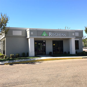 Regions Bank Oxford Eastgate Center in Oxford