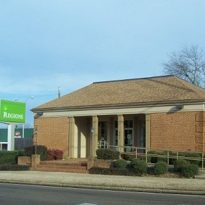 Regions Bank West Point Main in West Point