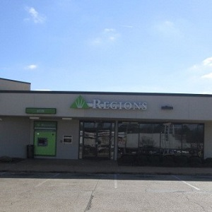 Regions Bank Northside Dr in Jackson
