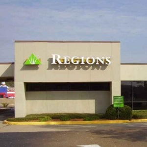 Regions Bank Metro Center  in Jackson