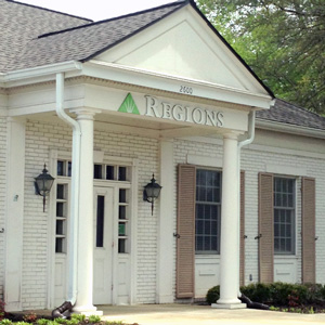 Regions Bank Shiloh Rd in Corinth