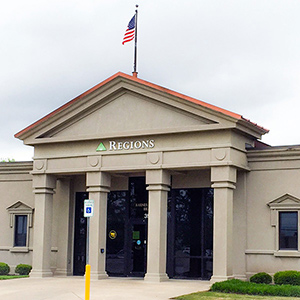 Regions Bank Barnes Crossing Mall in Tupelo