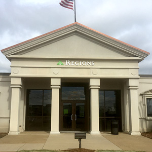 Regions Bank Airways Southhaven in Southaven
