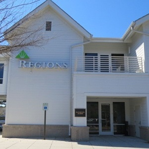 Regions Bank Mt Pleasant Towne Centre in Mount Pleasant
