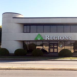 Regions Bank Clemson Blvd in Anderson
