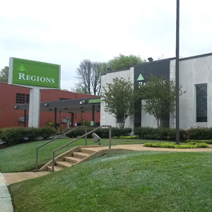 Regions Bank Cleveland St in Memphis